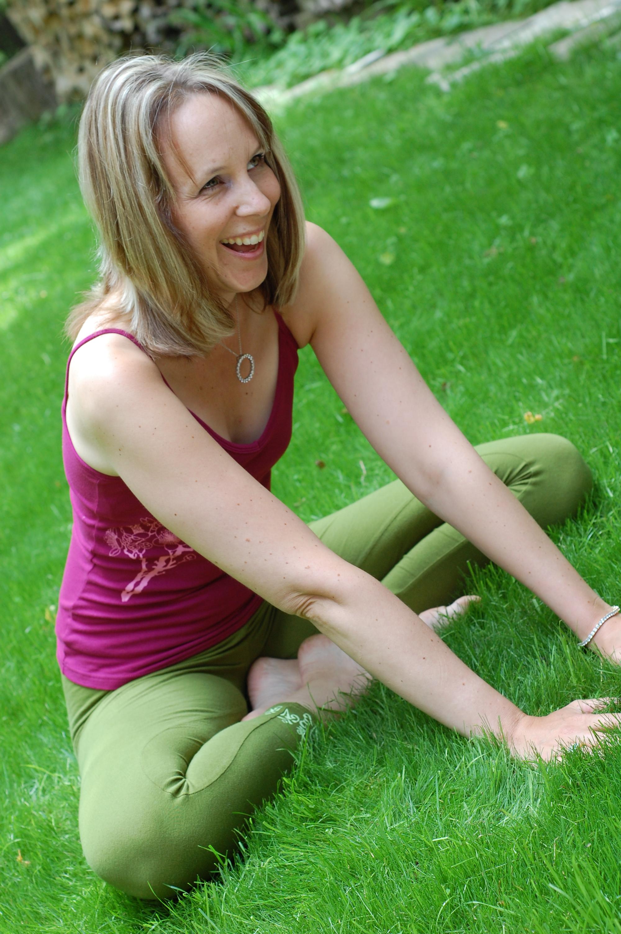 alittleagency melissa  Yoga Videos, Namaste Yoga, Free Online Yoga Videos, About Dr ..