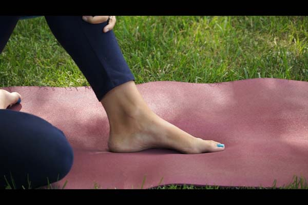 Yoga for Feet with Dr. Melissa West