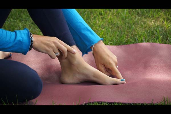 Yoga For Feet With Dr Melissa West