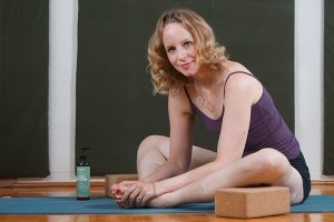 Post image for Yin Yoga, Massage and Aromatherapy for Energy