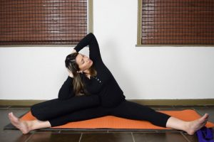 Post image for Yin Yoga for Beginners with Maris Aylward of Yoga Upload: Yoga with Melissa 375