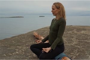 Post image for Mudra and Aromatherapy for Headaches