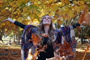 Post image for Fall Photos Tips and Ideas | Inspiration for Fall Instagram Photoshoot | Vlog Takeover