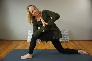 Post image for 5 Best Hatha Yoga Poses to Relieve Constipation