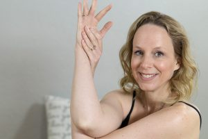 Post image for Yin Yoga for Upper Back Pain Relief   60 mins   Yoga with Dr. Melissa West 420