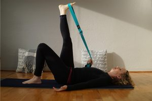 Post image for 75 min Intermediate Yin Yoga for Back Pain | Yoga with Dr. Melissa West 417