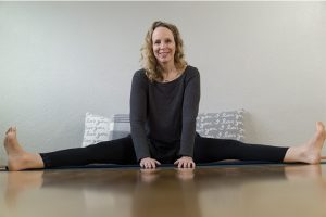 Post image for Yin Yoga for Digestion: Stomach and Spleen Meridian | Yoga with Dr. Melissa West 423